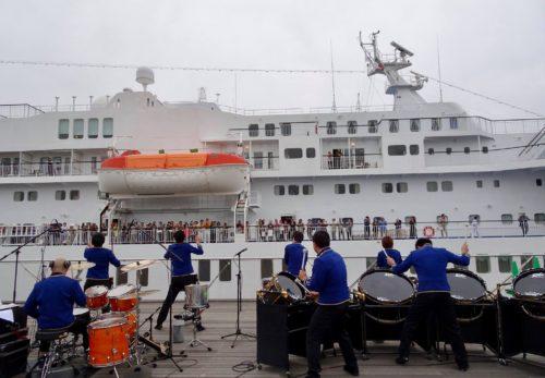 4月の客船出航歓送演奏について